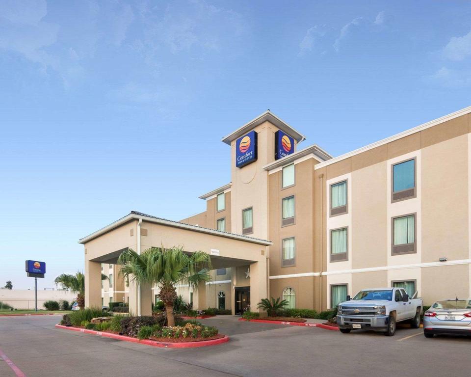 Comfort Inn And Suites Fm1960-champions